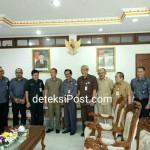 Audensi Antara Komisioner Bawaslu Prov Bali dengan Gubernur Prov Bali