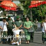 Tradisi Tepung Tawar Sambut Pejabat Baru Danrem 163/Wira Satya