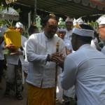 Korem 163 Wira Satya Upacara Piodalan Pura Ksatria Raksa Bhuwana
