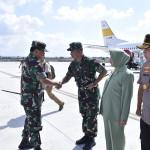 Kasad Dampingi Panglima TNI Tinjau Bhaksos Di Tanjung Lombok Utara