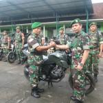 Dandim Gianyar Serahkan 15 Unit Sepeda Motor, Untuk Operasional Babinsa