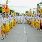 Ribuan Pratisentana Shri Nararya Kreshna, Upacara Melasti ke Pantai Watu Klotok