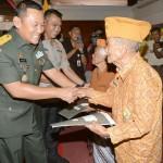 Pangdam IX/Udayana Ajak Seluruh Anggota Veteran Tetap Semangat