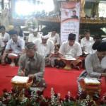 Pembukaan Bulan Bahasa Bali, Koster Nyurat Lontar di Taman Budaya