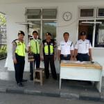 Polisi Melaksanakan Patroli Dialogis Terhadap Masyarakat
