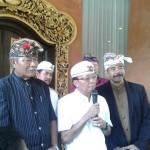 Gubernur Bali, Mengajak Masyarakat Menyukseskan Pemilu Serentak Tahun 2019.