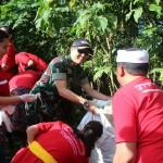 TNI-Polri Bersinergi Gerakan Semesta Berencana Bali Resik Sampah Plastik