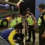 Polres Badung Razia Penduduk Masuk ke Bali di Terminal Mengwi