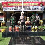 TNI-Polri Bagikan Sembako, Peduli Warga Terdampak Virus Corona.
