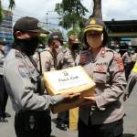 Kapolda Bali, Berikan Bantuan Sembako Ke Masyarakat, Kepedulian Pandemi Covid -19.