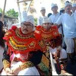 Babinsa Kodim 1611/Badung, Peltu Made Suardika dan Pelda Wayan Arsana Memiliki Bakat Berkesenian.