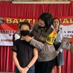 Kompol Utari, Sambut HUT Polwan Ke -72 Dengan Berbagi Kasih.