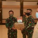 Mayjen TNI Kurnia Dewantara, Serahkan Penghargaan Kepada 28 Pendonor Plasma Konvalesen