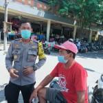 Kasat Binmas Polres Badung Awasi Prokes di Pasar Adat Mengwi