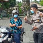 Humas Polres Badung Ajakan Stiker, Ayo Ke TPS, Jaga Prokes !!!.