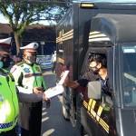 Operasi Aman Nusa Agung II, Satlantas Terun Ke Jalan Bagi-Bagi Masker