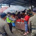 Petugas Gabungan Polres Badung Patroli Sasar Masyarakat Pelanggar Prokes.